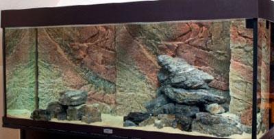 Добавляем песок в аквариум с цихлидами
